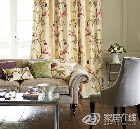 6种客厅软装搭配 聆听窗帘与沙发的对话(组图)