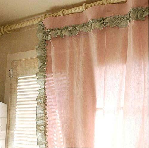小编通过窗边最美的风景——窗帘,来为您解读韩式客厅布艺