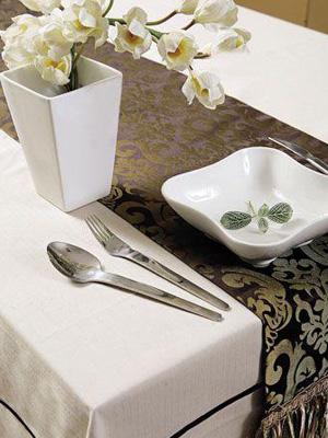 桌布桌祺同款图案的不同色调搭配