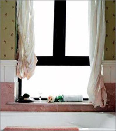窗台巧装扮 小小一隅也能演绎出不同风景