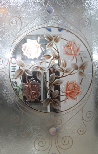 玻璃上的雕刻艺术 千元以下玻璃背景墙
