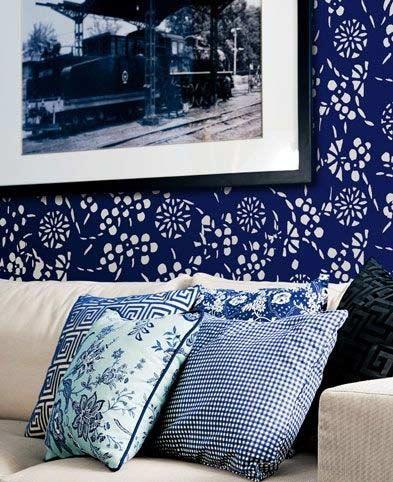 出一幅半透明的蓝色水墨画,将西湖的雅韵风情完美演绎;闪耀渐变的淡蓝图片