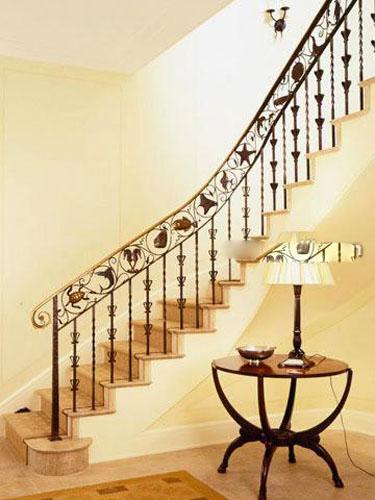 转角复式楼梯设计 独到的创意尽显风情