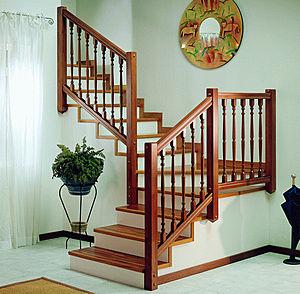这款楼梯适合小户型使用,颜色和款式清新,淡雅.图片