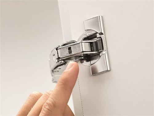 新葡萄京官网:Blum_百隆新一代155°平行门铰链新年伊始正式发售-卓卫卫浴